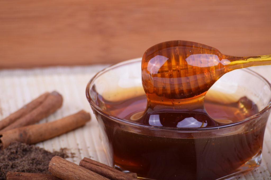 Свойства и влияние мёда на организм