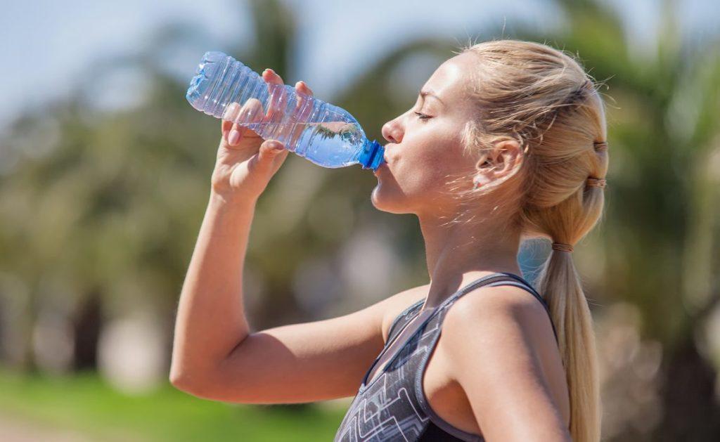 сколько нужно воды в день фото